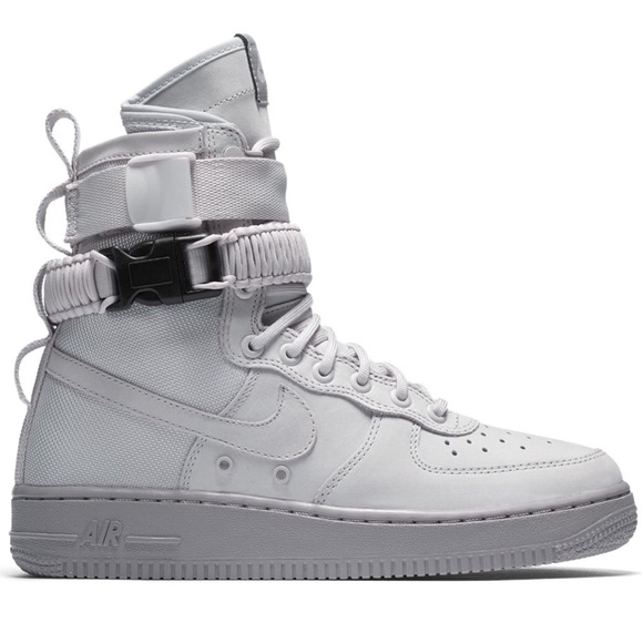 outlet store sale b7cde 20fa9 Nike SF Air Force 1 High Vast Grey (W)
